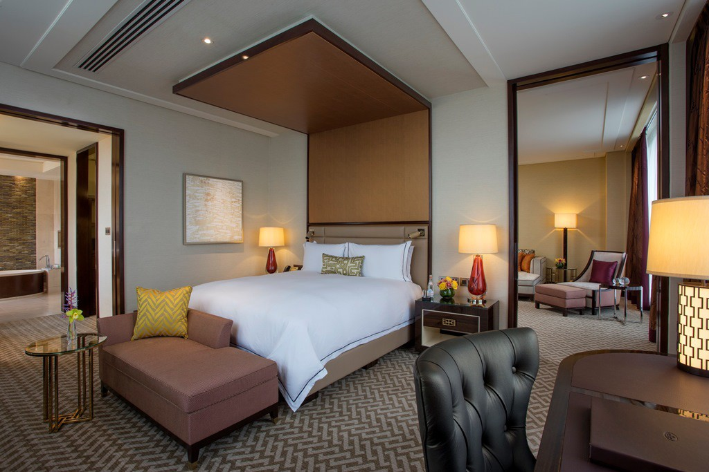 Crown Towers Executive Suite