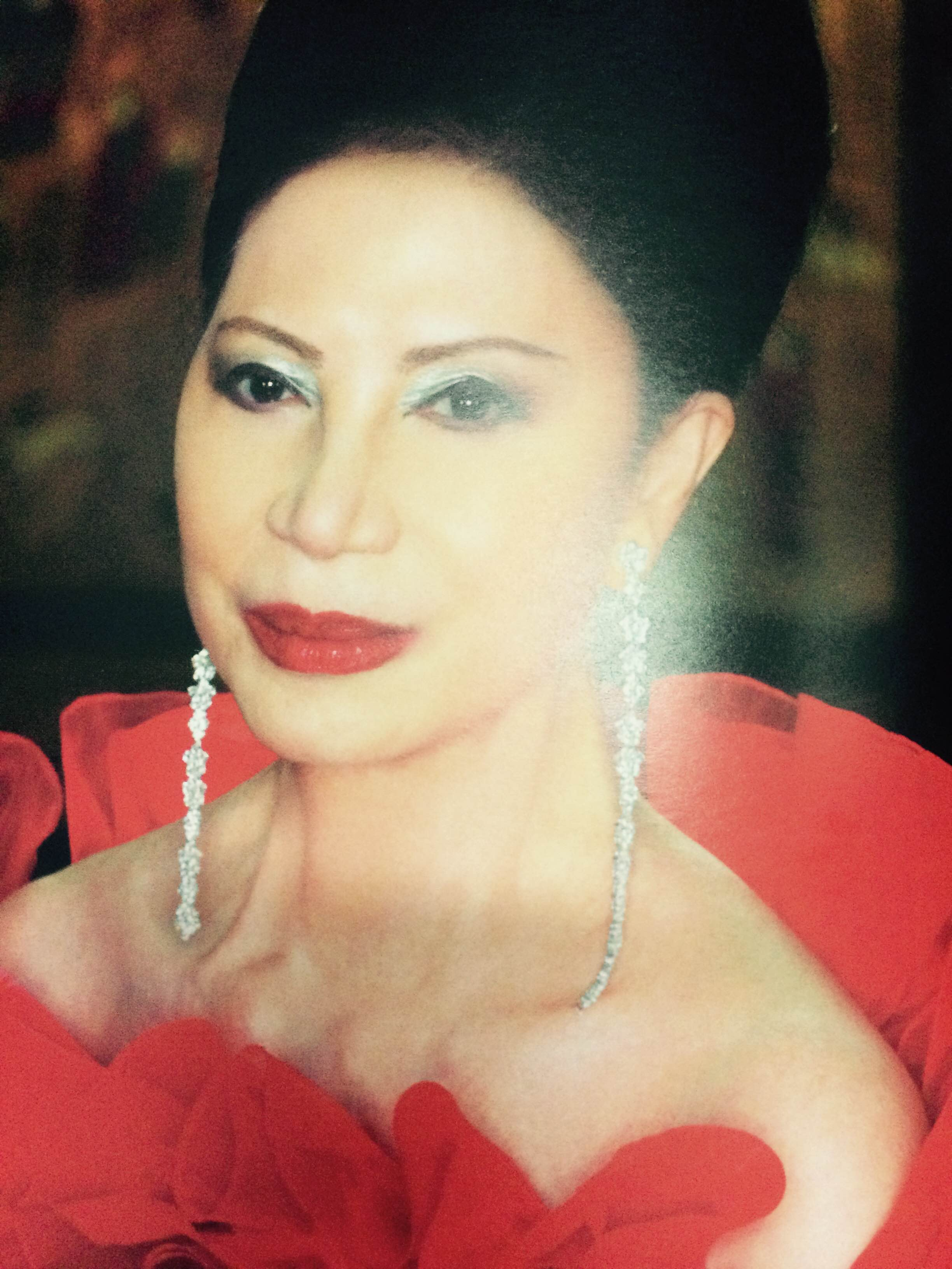 La Divina In Remembrance Of Imelda Cojuangco People Asia