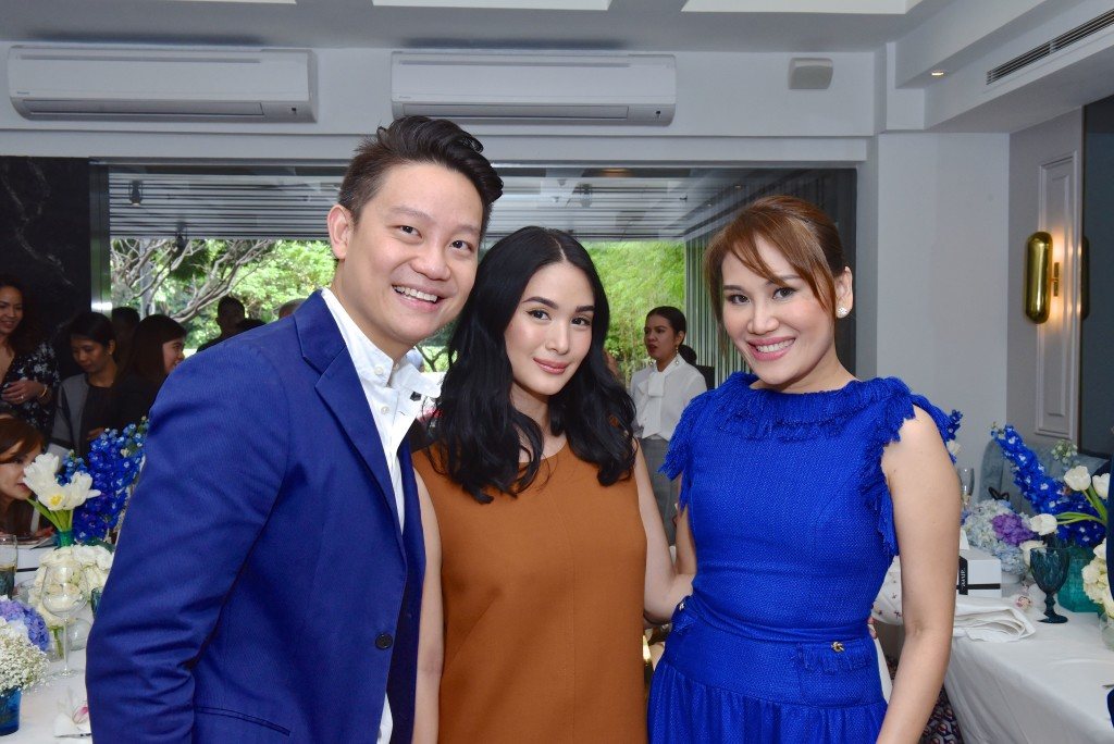 Drs. Z and Aivee Teo with actress-painter Heart Evangelista Escudero during the Aivee Water launch at Sala Restaurant in Makati