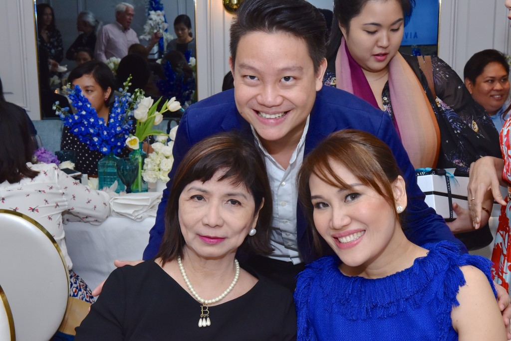 Drs Z and Aivee Teo with Philippine Star Lifestyle editor Millet Mananquil